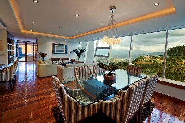 Interior-600x400.jpg